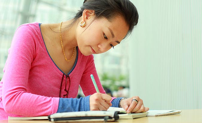 How to Write Effectively for the IELTS Written Test